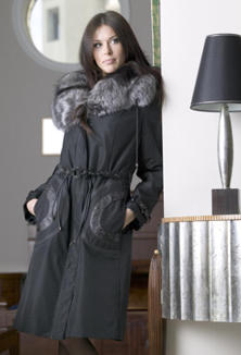 Coat with fur - style 812