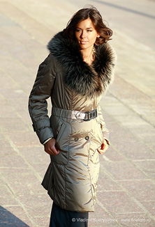 Coat with fur - style 612
