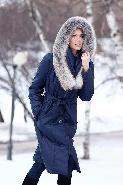 b7a67ba209b kabát s kožešinou - model 614 - - Bundy a kabáty s pravou kožešinou  DiStyleLAB
